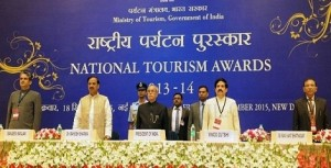 President of India presents National Tourism Awards