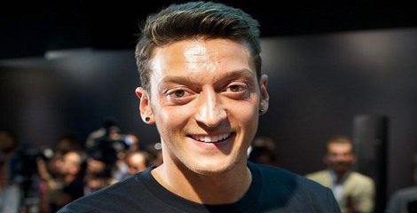 Mesut Ozil named 2015 German Player of the Year