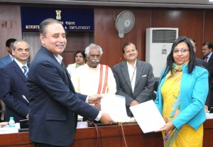 Labour Ministry signed agreements with employment & career activities orgs