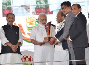 Himachal Pradesh with Krishi Karman Award