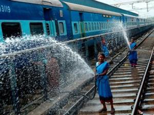Surat Cleanest Railway Station; Varanasi Among The Dirtiest