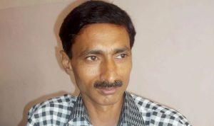 Jagendra Singh gets press club award for bravery in Journalism