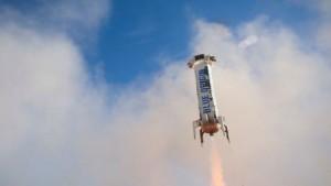 Reusable Blue Origin rocket makes third successful vertical landing