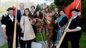 Swiss government honours Yash Chopra with statue