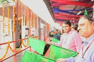 Railway Minister launches a new train service between Anand Vihar to Ballia in Uttar Pradesh