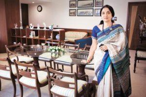 Chitra Ramkrishna quits