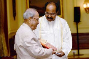 Pranab Mukherjee releases book on Draupadi by Veerappa Moily