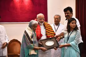 PM Modi felicitates families of freedom fighters in Odisha