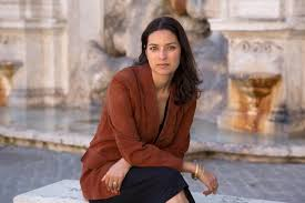 Author Jhumpa Lahiri wins 2017 PEN Malamud award