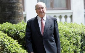 Former Greek Prime Minister Constantine Mitsotakis dies