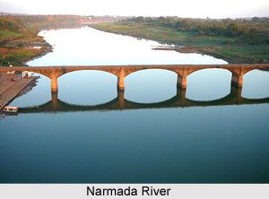 Madhya Pradesh govt announces indefinite ban on sand mining in Narmada river