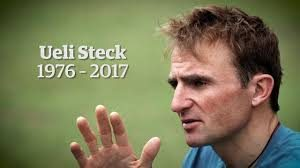 Renowned climber Ueli Steck dies near Mount Everest