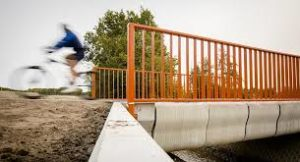 Netherlands Opens First 3D-Printed Bridge to Cyclists