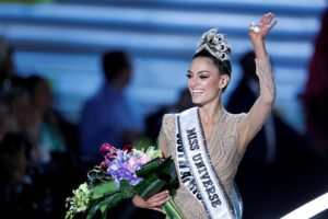 Miss South Africa Demi-Leigh Nel-Peters is crowned Miss Universe 2017