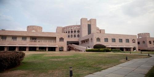 ISB, IIM-Ahmedabad slips in global MBA rankings, IIM-B and IIM-C performs better