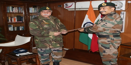 Lt. Gen. AK Bhatt takes charge as the 47thCorps Commander of Chinar Corps
