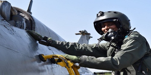 Bhawana Kanth becomes second Indian Woman Fighter Pilot to go solo