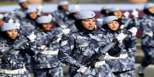 Qatar introduces national service for women