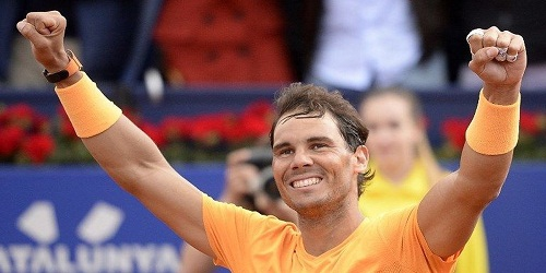 Rafael Nadal broke a 34-year-old record by winning his 50th straight set on clay, the most consecutive sets won by a player on a surface.