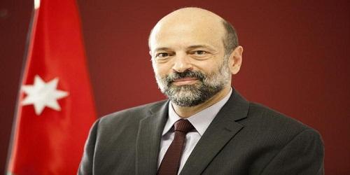 Omar Al-Razzaz sworn in as Jordan PM