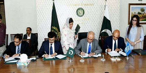 World Bank,Pakistan ink agreements of $565 mnin power, water sectors for NTDC project and Sindh irrigation project