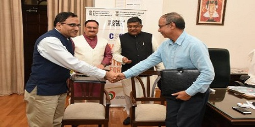 Health Ministry signs MoU with Electronics Ministry to facilitate access of Ayushman Bharat