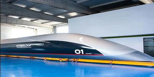 """""""Quintero One"""":World's First Full-Scale Hyperloop Passenger Capsule Unveiled"""