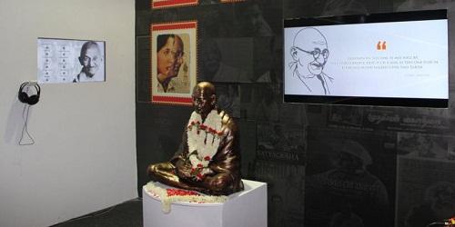 Rajyavardhan Rathore inaugurated 'Mahatma on celluloid' exhibition at IFFI