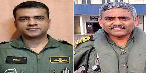 Vijay Varma,Captain (Pilot) P Rajkumar win Asian of The Year award for Kerala flood rescue