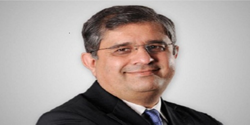 Axis Bank MD & CEO Shikha Sharma retires, Amitabh Chaudhry takes charge