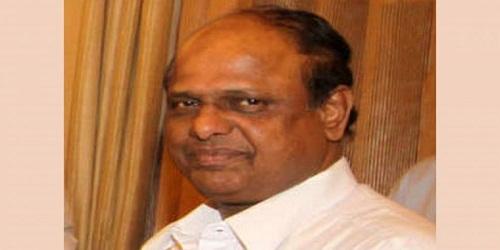 Union minister V. Dhananjaya Kumar dies