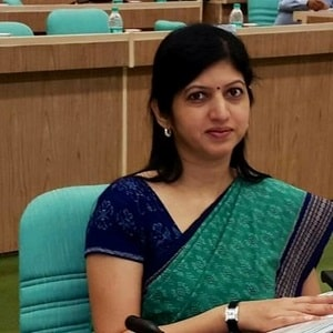 Usha Padhee became the first woman CMD of Pawan Hans Ltd